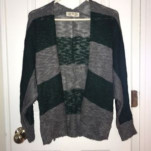 Sweaters - Dark green and grey cardigan